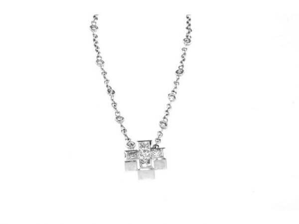 Kette und Kreuz Weißgold mit Diamanten
