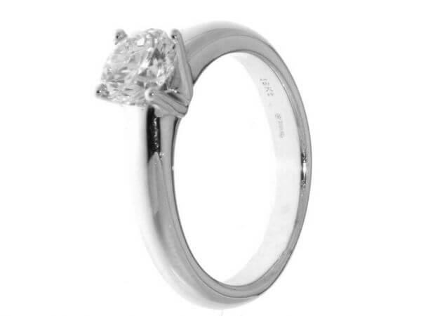 Solitär Ring aus Weißgold Brillant 1,05