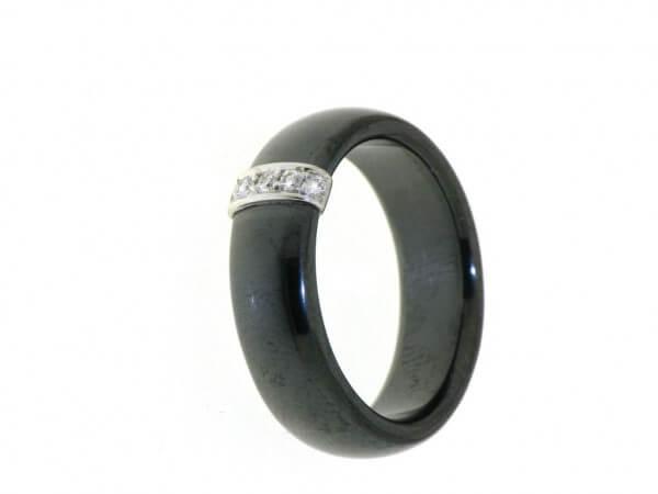 Ring high tech Keramik schwarz Brillant