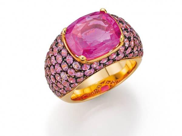 Ring Gelbgold mit pink Safiren
