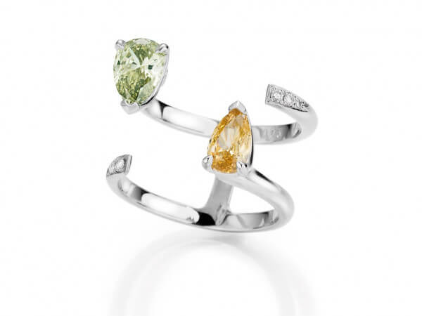 Ring aus Weißgold mit 2 Diamant Tropfen