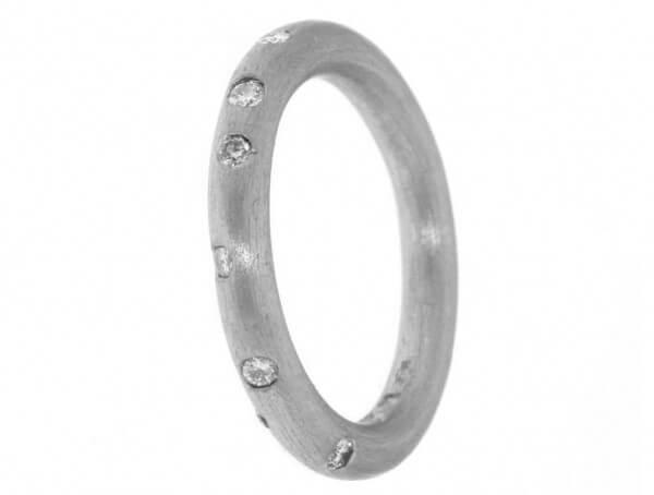 Ring 950 Platin 2,5mm mit Brillanten