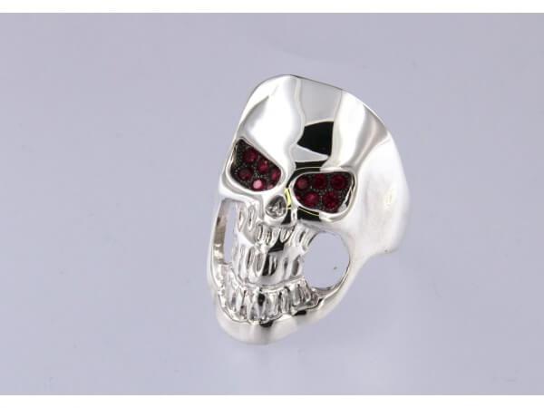 Ring Totenkopf Silber und synth. Rubine