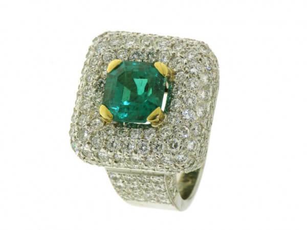 Ring 750 Weißgold Smaragd Brillanten
