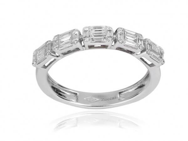 Ring aus Weißgold mit Diamant Baguetten