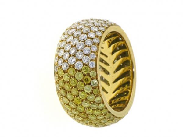 Ring 750 Gelbgold gelbe,weiße Brillanten