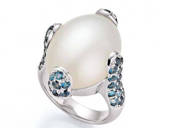 Ring aus Weißgold Mondstein,London Topas