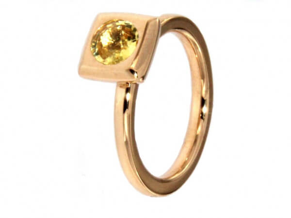 "Ring "" Mila"" groß Roségold gelber Safir"