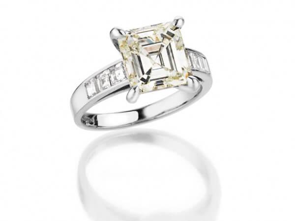 Ring Weißgold Diamant 4 ct Asscher Cut