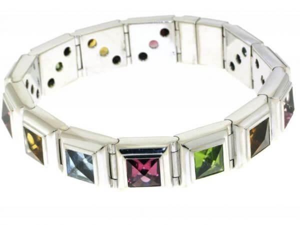 Armband aus Weißgold farbige Edelsteine
