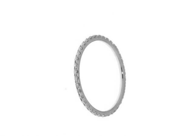 Memoire Ring aus Weißgold 40 Brillanten