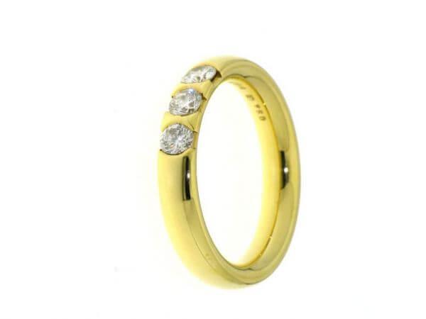 Memoire Ring mit 3 Brillanten