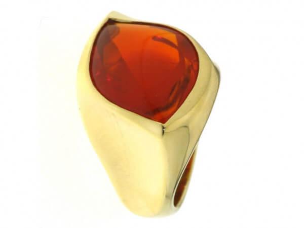 Ring 750 Gelbgold mit Feueropal
