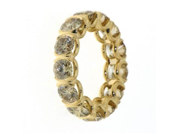 Memoire Ring mit braunen Brillanten