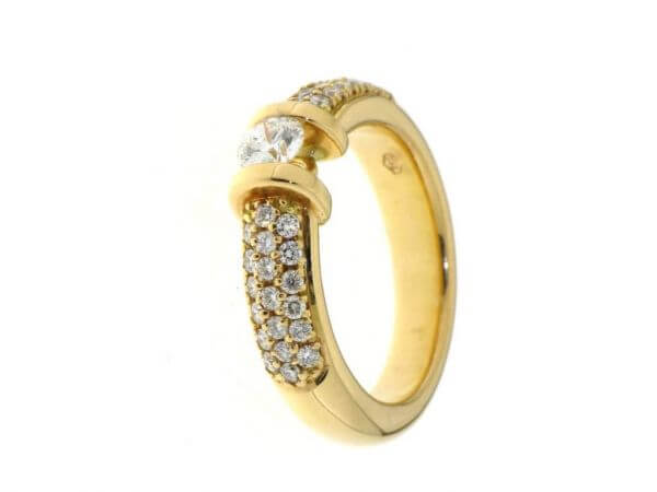 Ring 750 Roségold Brillanten