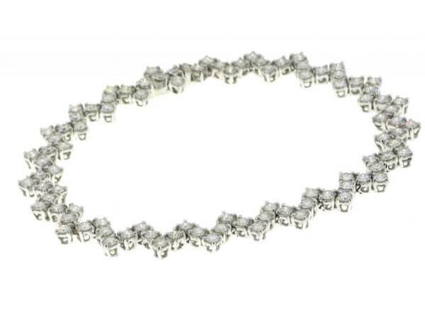 Armband aus Weißgold mit Brillanten