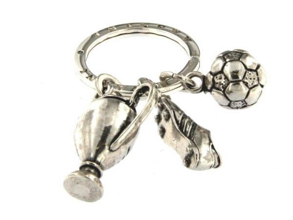 Schlüsselanhänger Fußball aus Silber