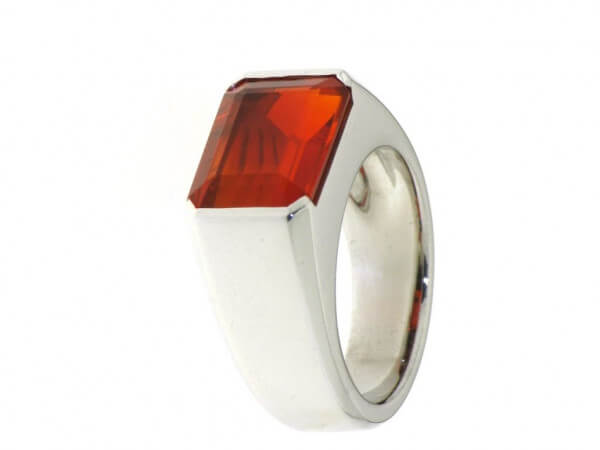 Ring 750 Weißgold mit Feueropal