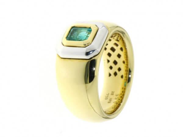 Ring 750 Gelb/Weißgold mit Smaragd