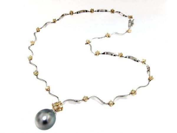 Collier mit Tahiti Perle und Brillanten
