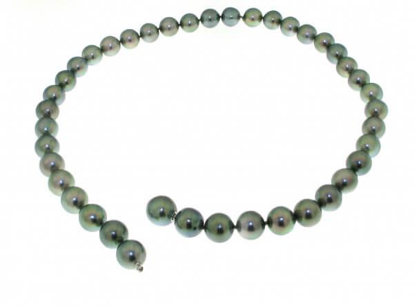 Tahiti Perlkette grün 9,3 - 11,9 mm