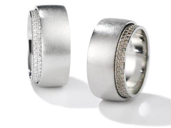 Tenda Ring weiße und braune Brillanten
