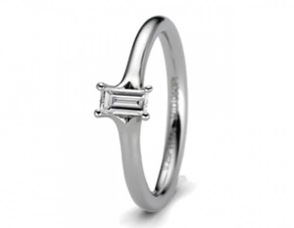 Solitär Ring Platin 1 Diamant Baguette
