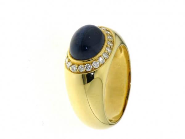 Ring 750 Gelbgold Safircabochon,Brillant