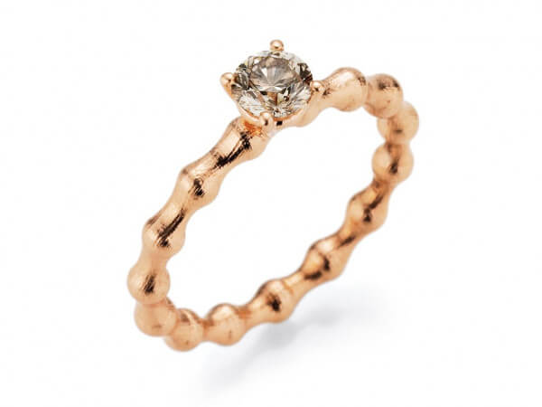 Ring Flooow aus Rosegolg mit Diamant