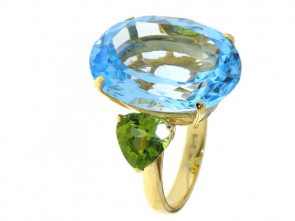 Ring ausGelbgold mit Topas und Peridot