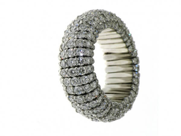 Ring 750 Weißgold flexibel mit Brillant