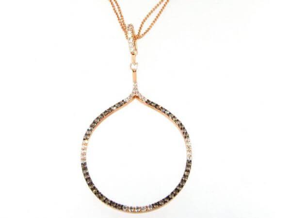 Collier mit weißen und braunen Diamanten